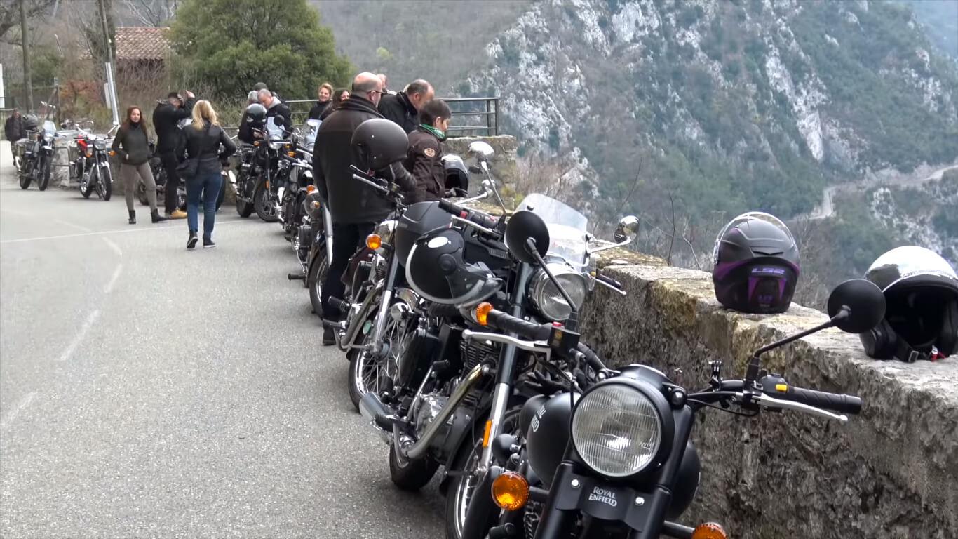 Balades moto en Royal Enfield avec Bikeup