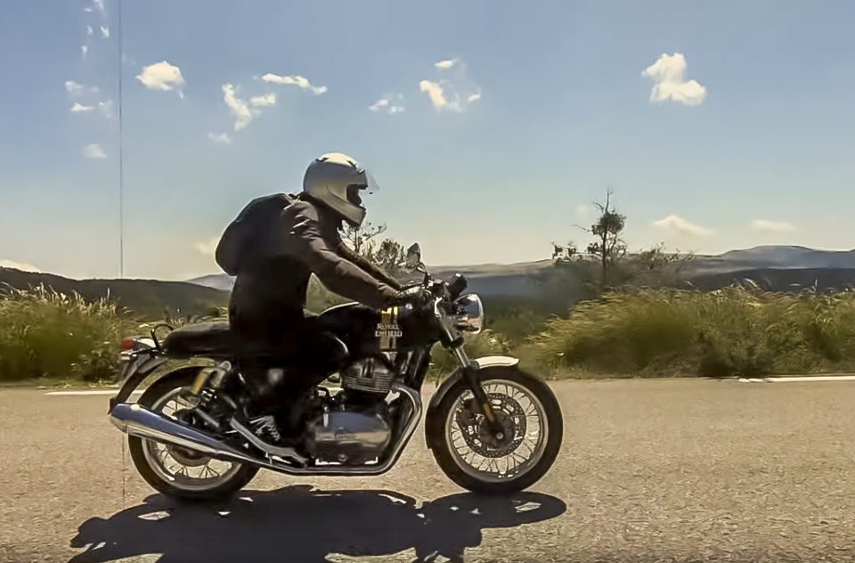 Test Royal Enfield Continental GT650cc